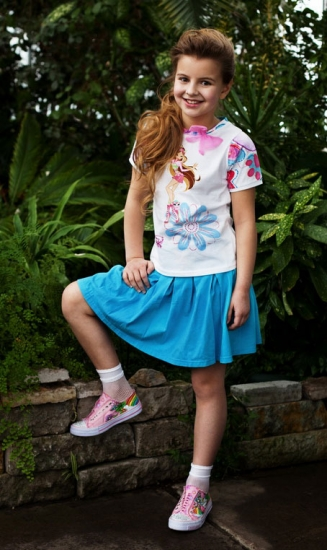 Фотки девочек 12 лет в юбках