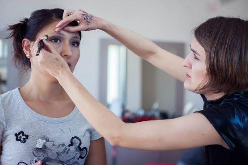 модный макияж, дневной макияж, визажист Иркутск, оформление бровей, макияж глаз