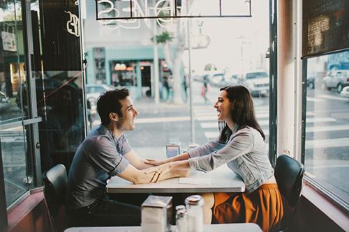 советы психолога, как общаться с мужчинами, что делать на первом свидании, как сказать мужу что меня это не устраивает, как признаться мужу, как признаться в любви