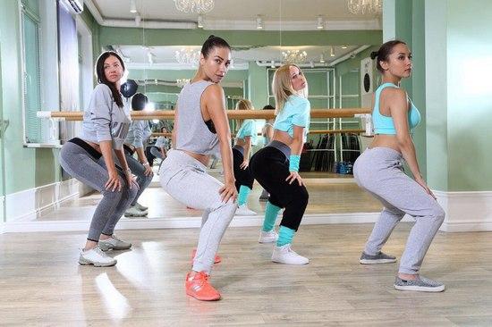 иркутск, танцы, иркэшн, девушка и парень, девушки танцуют, Wellness-клуб «The Most», танго, фламенко, латино-американские танцы