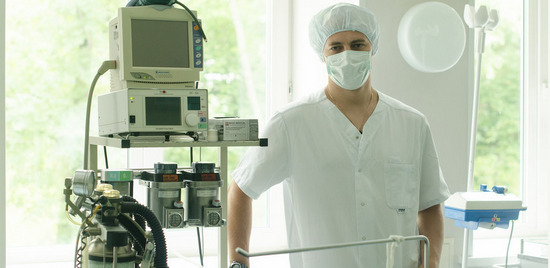 варикоз, варикоз на ногах, варикоз лечение, варикоз вен, варикоз лазер, удаление лазером, иркутск, клиника наномед, наномед сайт,санкт-петербург, наномед в иркутске, константин бирюков